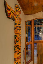 wall totem pole in entryway